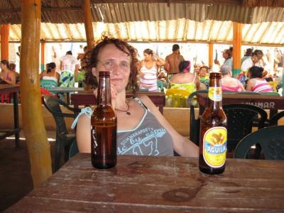 Mittagessen am Playa Grande bei Taganga