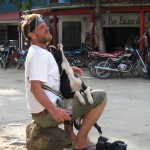 Hundekuss für Jo in Minka bei Santa Marta Kolumbien