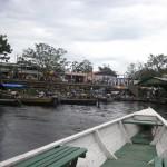 Szene auf dem Amazonas bei Leticia Kolumbien